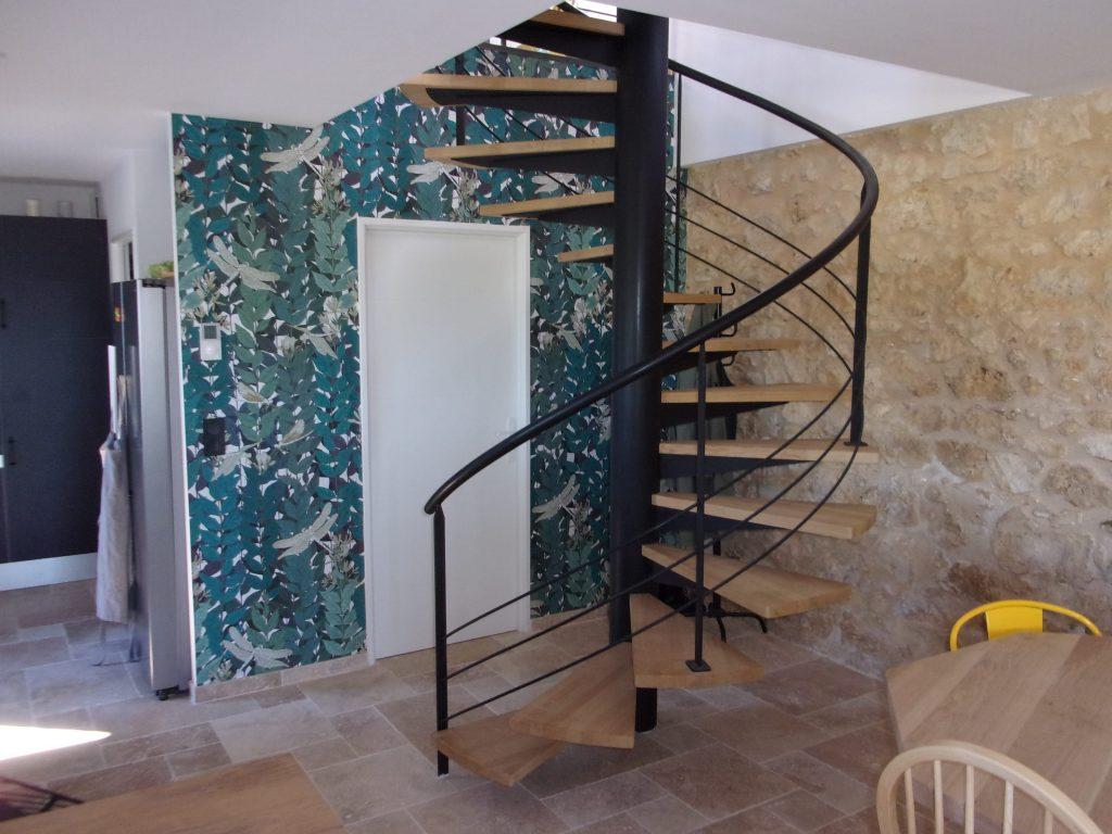 Escalier colimaçon hélicoïdal
