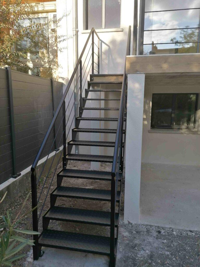 Escalier extérieur métallique Bordeaux Gironde