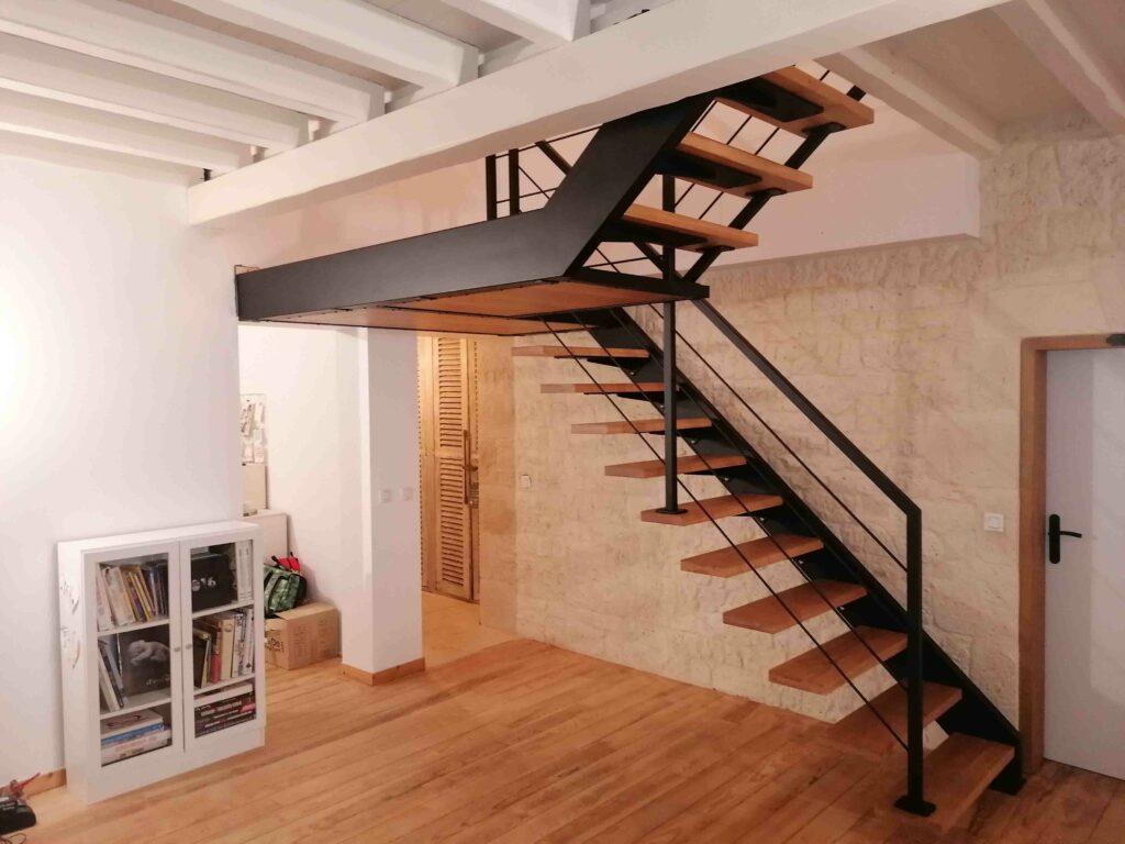 Escalier latéral métal bois Bordeaux Gironde